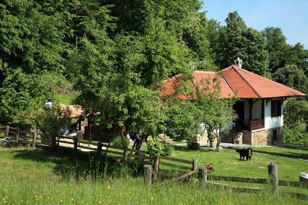 Meštani sela Babičko odsečeni od sveta