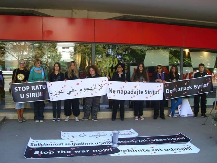 Žene u Leskovcu protestovale protiv rata u Siriji