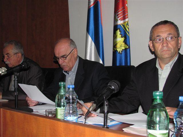 Stefanovića disciplinuju zahtevom za smenu