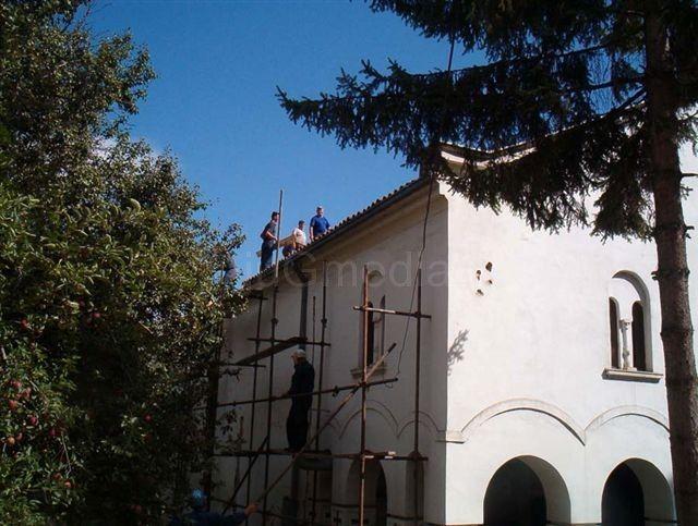 Renoviraju se manastiri i crkve