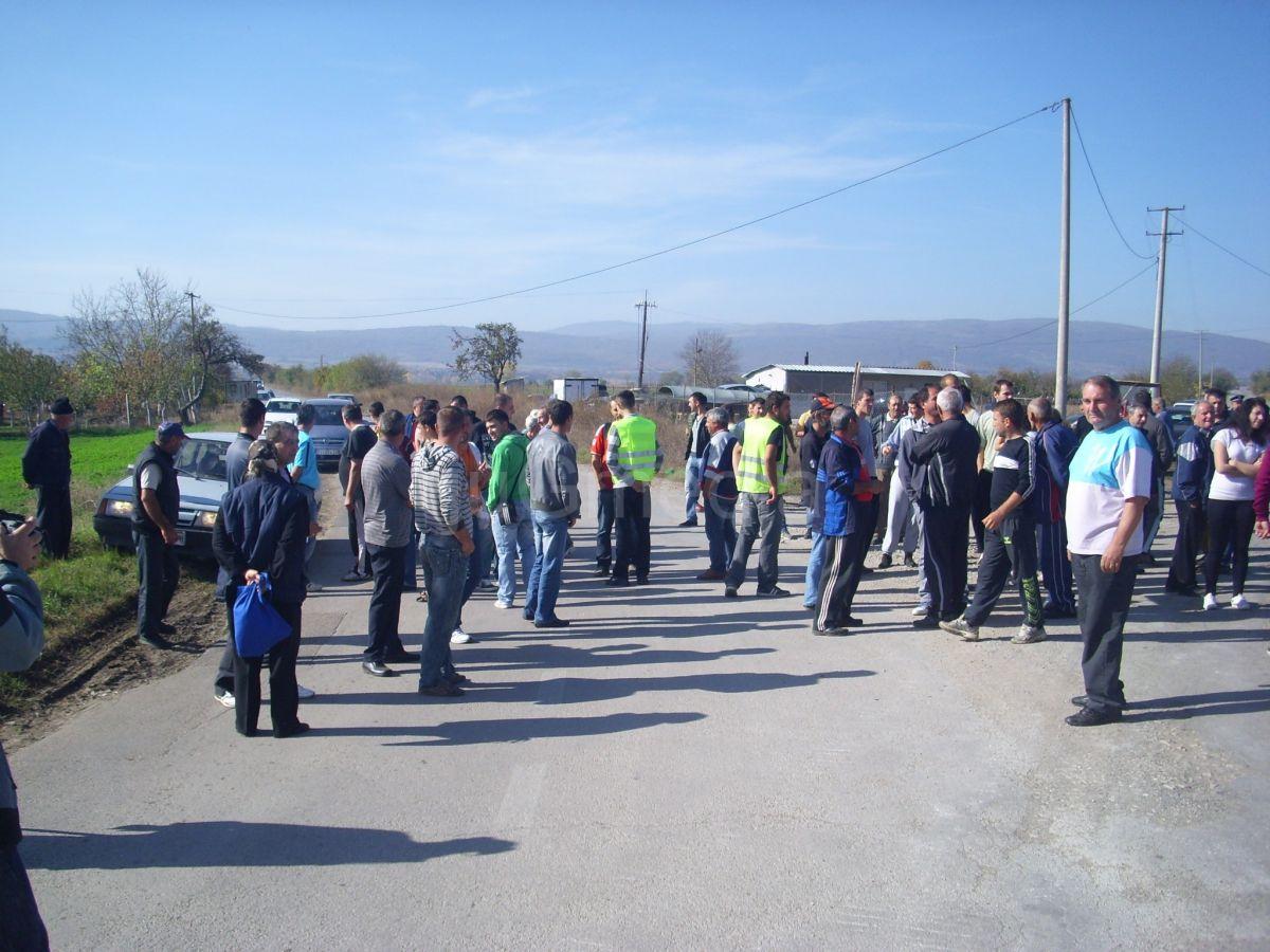 Blokiran put ka Beloj Palanci