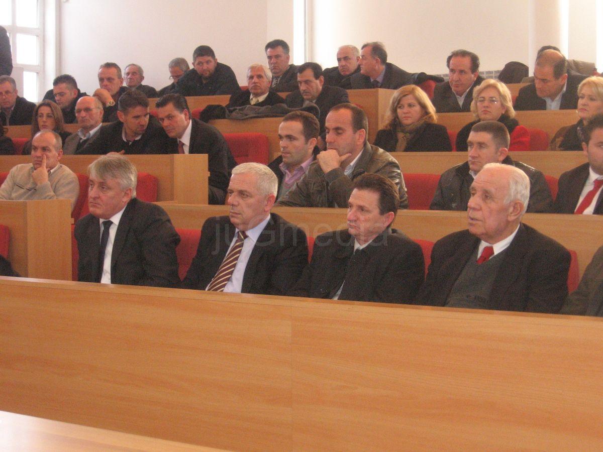 Izabrani direktori javnih preduzeća u Preševu