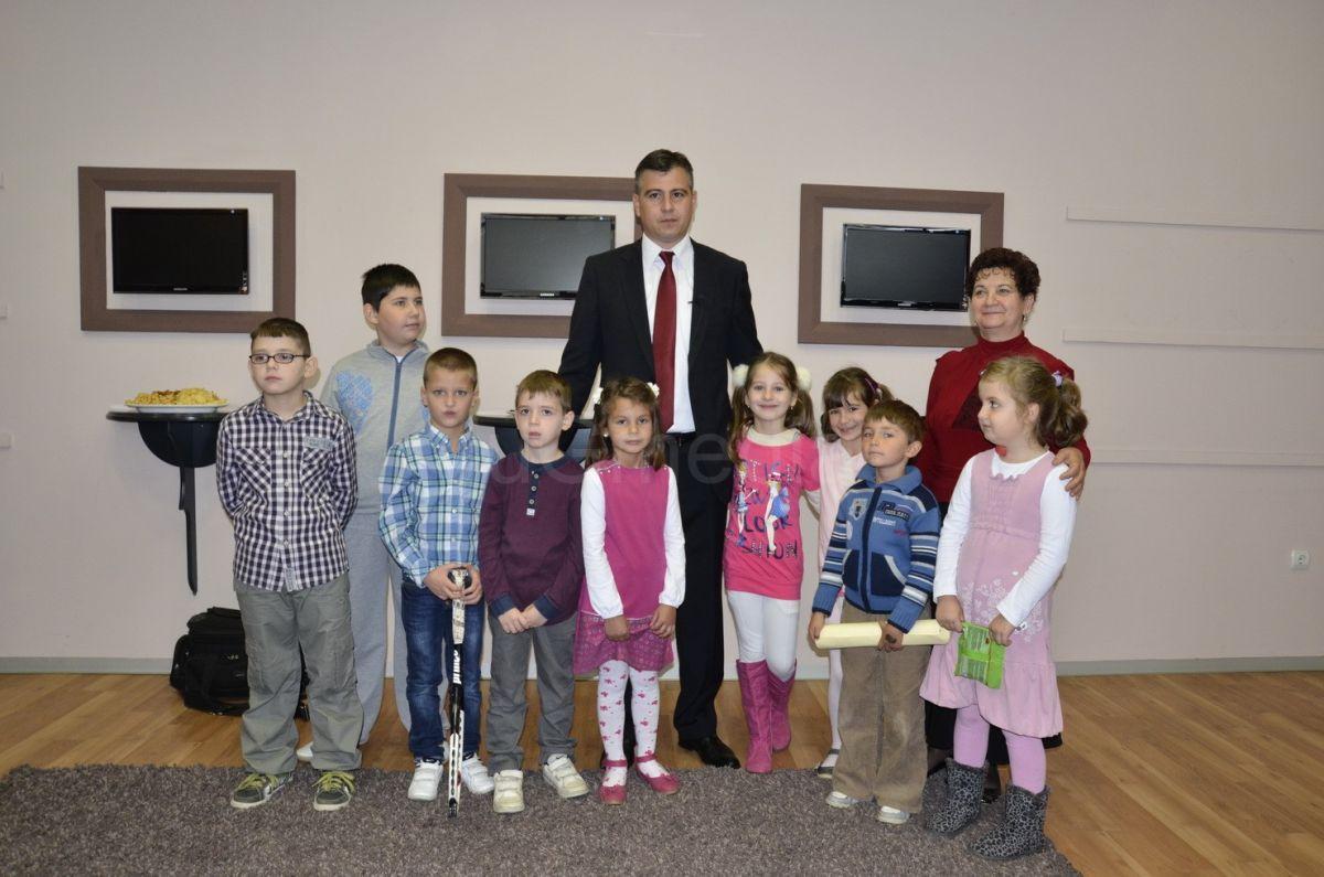 Druženje dece sa predsednikom opštine