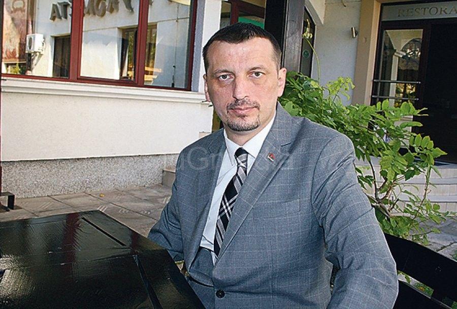 dr-zoran-radovanovic-1382130763-383261