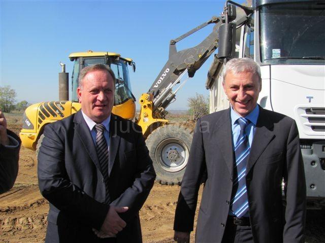 Cvetanović: Radi se i gradi širom Leskovca