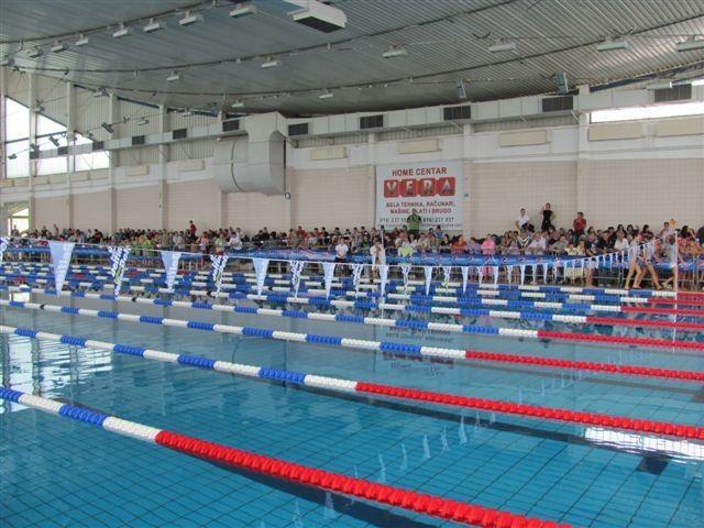 Prolećno spremanje plivačkih bazena