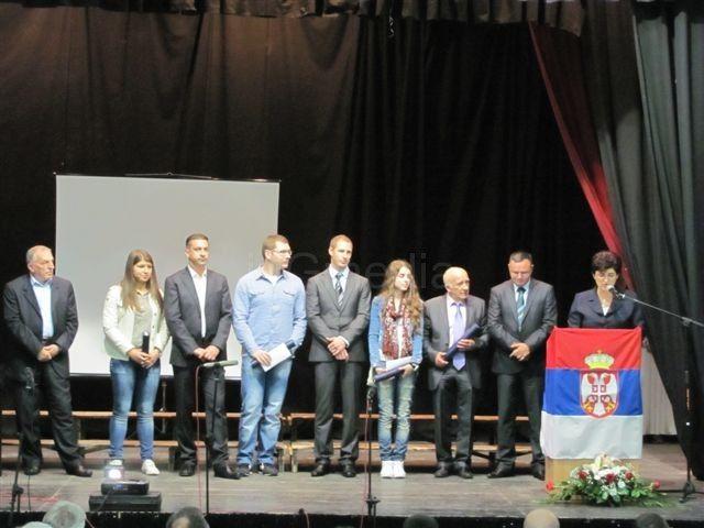 Nagrađeni Vlasotinčani za Dan opštine