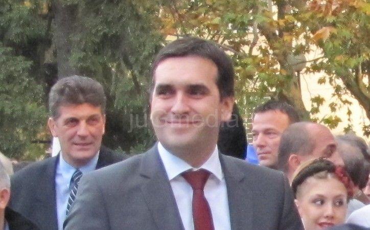 Radomir Nikolić: U Vranju dva poverenika SNS-a