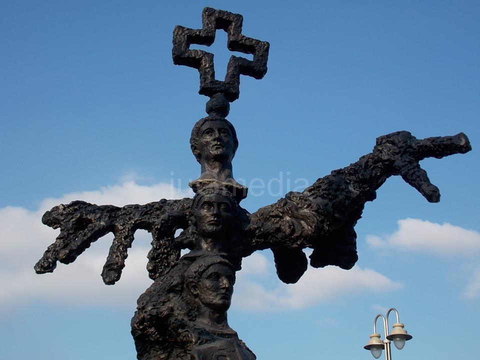 Katolička crkva poklonila Nišu skulpturu