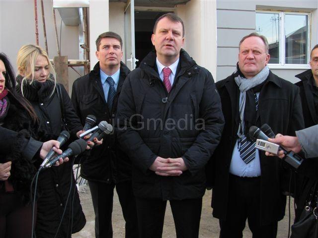 Ministar Mirović: Red da se ulaže u Leskovac