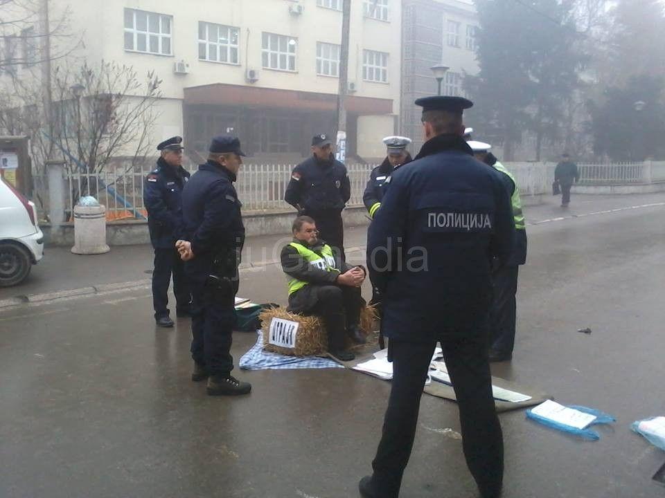 Protest na slami zbog izgubljenih presuda