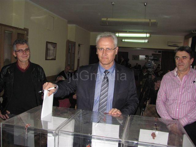 Vlasotince: Novogodišnja čestitka predsednika opštine