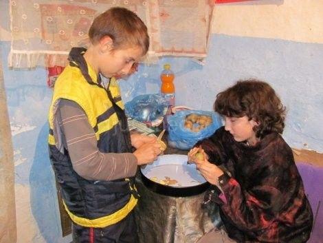 """Srce za decu: Iz """"Blica"""" saznali za gladnu decu u komšiluku"""