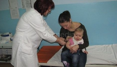 """Leskovac bez besplatnih """"pentaksim"""" vakcina za bebe"""