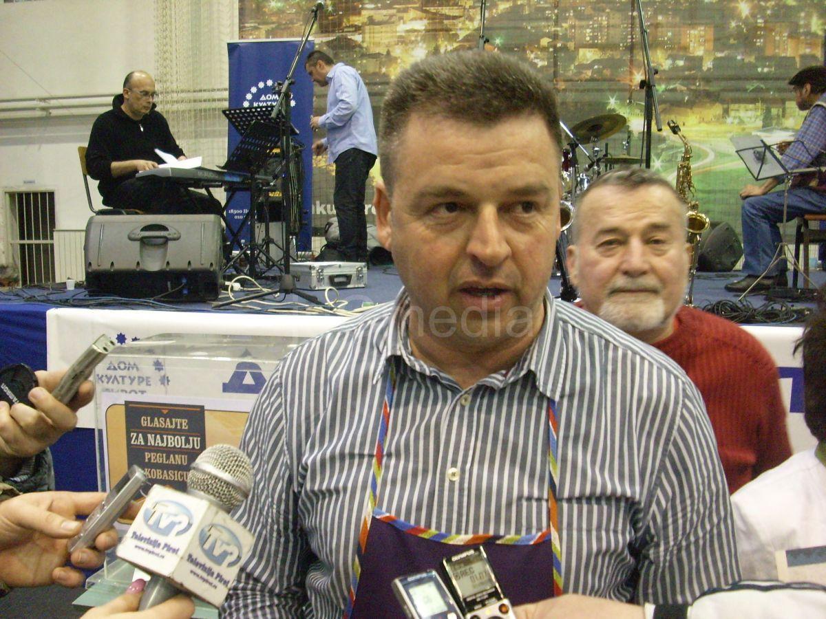 Milan Tošić, apsolutni pobednik na Sajmu peglane kobasice