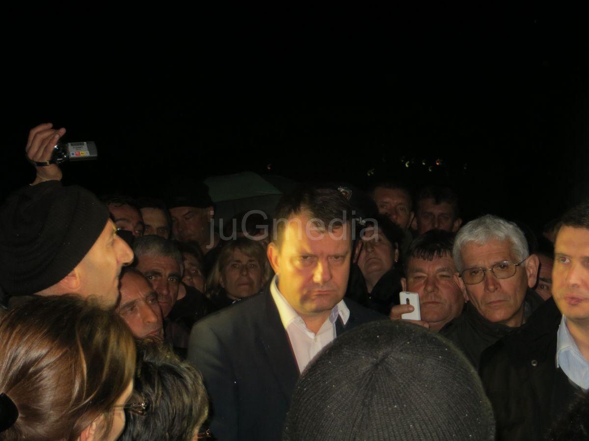 Radnici Jumka odblokirali auto -put
