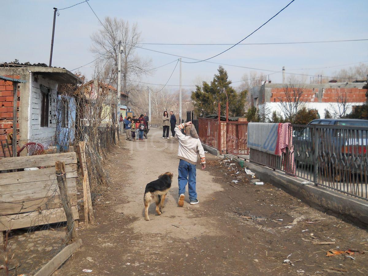 Liga Roma predlaže legalizaciju romskih naselja
