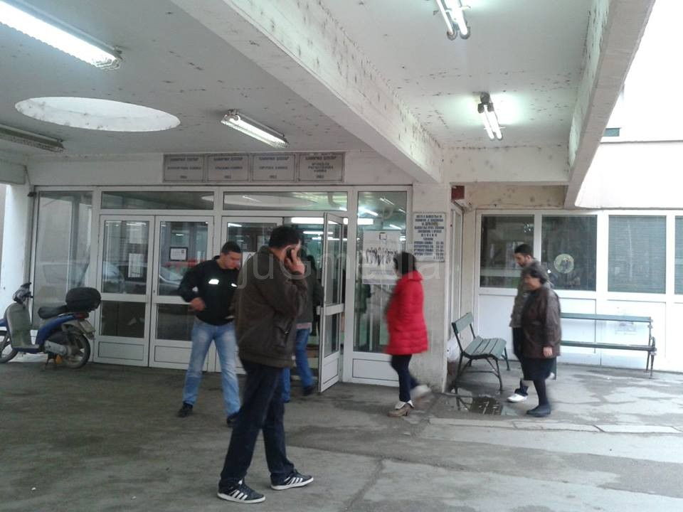 "Štrajk hirurga zbog ""solidarnog poreza"""