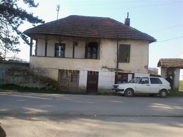 Ministar Ilić će obnoviti staru kuću u leskovačkom kraju