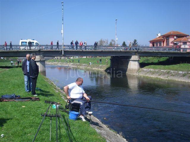 "Pobednički pehar ekipi ribolovaca ""Pazar"""