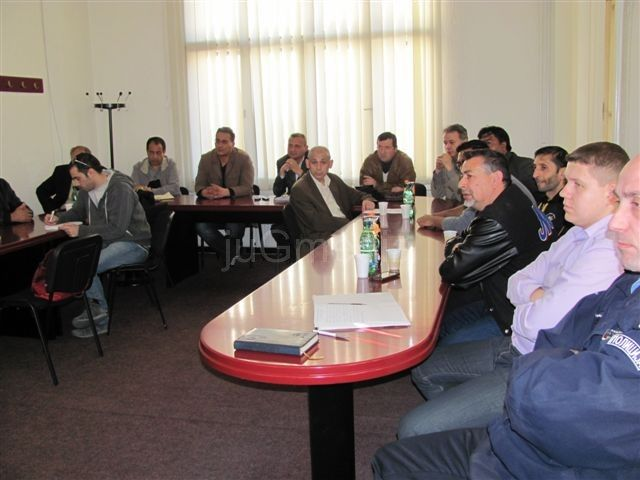 Policija:U Leskovcu nema netrpeljivosti i organizovanih tuča između Srba i Roma
