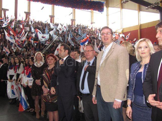 Vučić na izbore kreće iz Leskovca