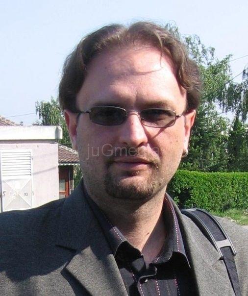 Ministar neće Aleksandra Ničića za direktora škole