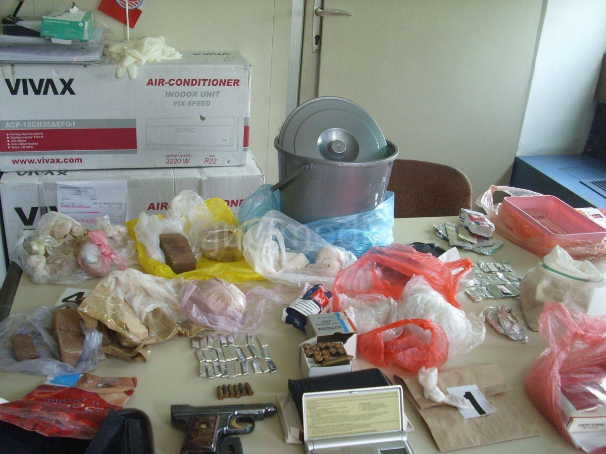 Uhapšene dve osobe i zaplenjeno 1,3 kilograma heroina