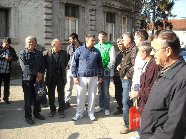 Protest pčelara u Leskovcu