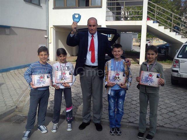 Leskovački karatisti osvojili šest medalja na državnom prvenstvu
