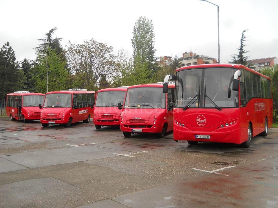"""Mini busevi """"Niš-ekspresa"""" za prevoz na lokalu"""