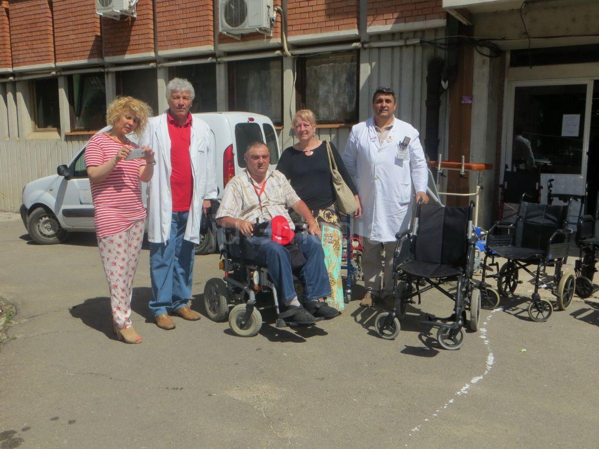 Udruženje obolelih od paraplegije doniralo kolica Zdravstvenom centru