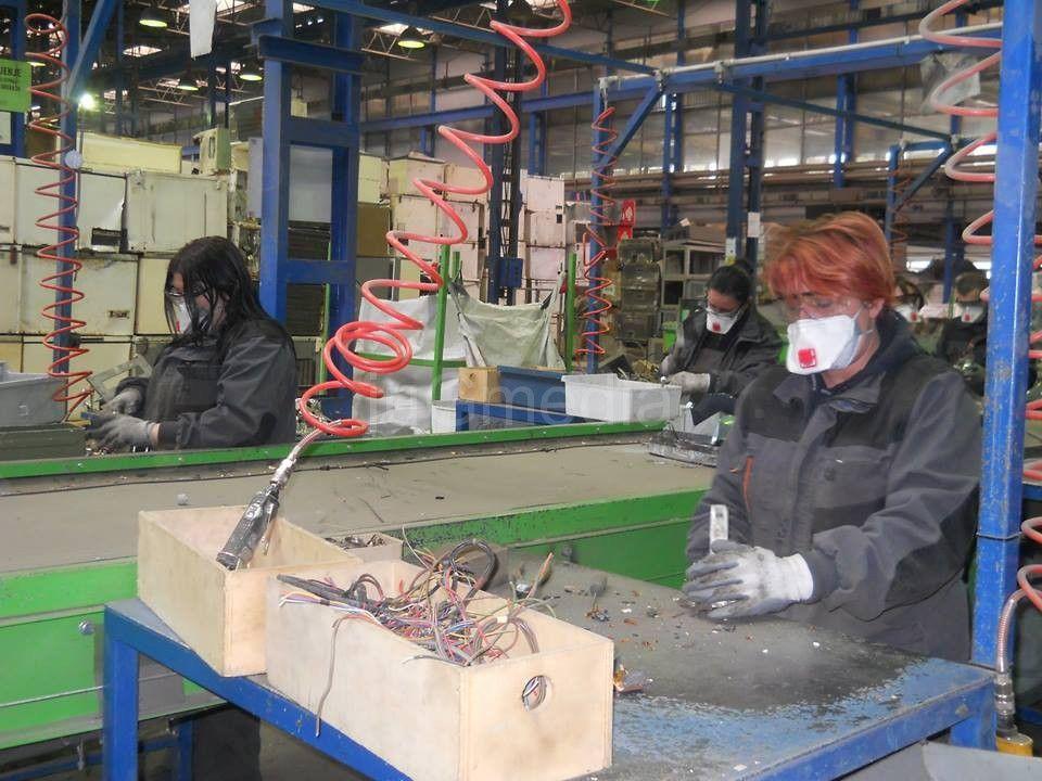 Ivičnjaci od recikliranih katodnih cevi