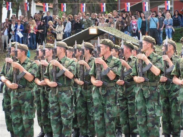 U Leskovcu 165 novih vojnika dobrovoljaca