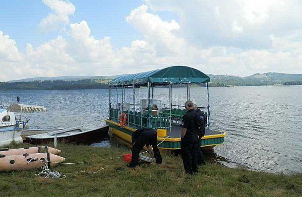 Katamaran nova turistička atrakcija na Vlasinskom jezeru
