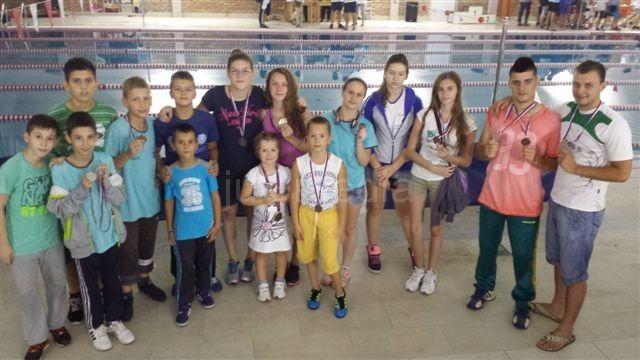 PK Leskovac: Osvojeno 16 medalja u Jagodini