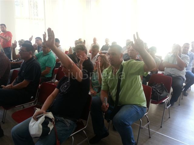 Nova klackalica u Lebanu: Adrijana Jović podnela ostavku