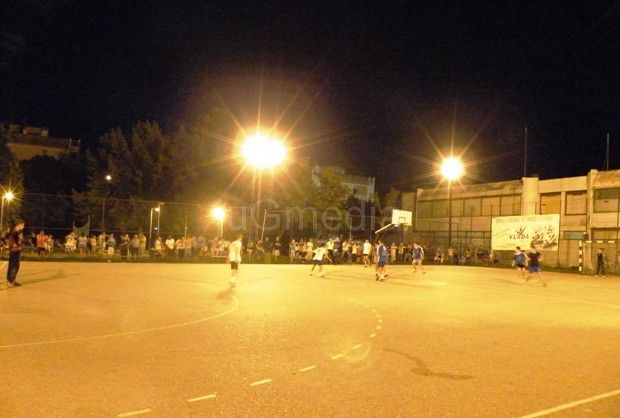 Po hiljadu navijača na turniru u malom fudbalu u naselju Dubočica