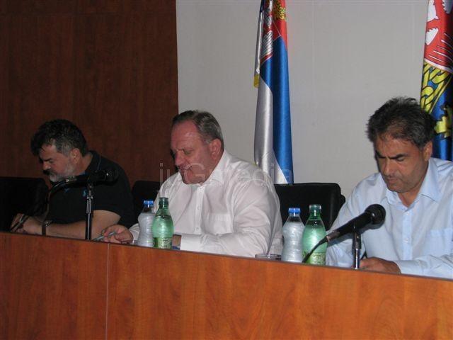 Partije vladajuće koalicije bojkotuju TV Leskovac