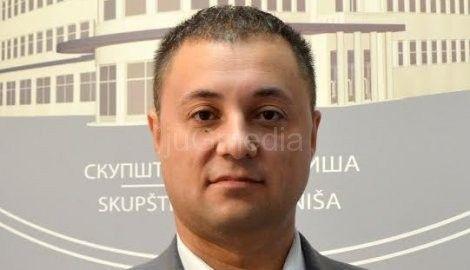"Perišić i Andrejević se odrekli ""duplih"" funkcija"