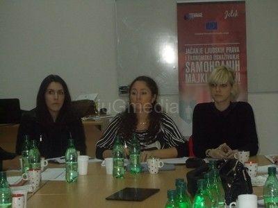"""Fondacija """"Ana i Vlade Divac"""" u borbi za status samohranih roditelja"""