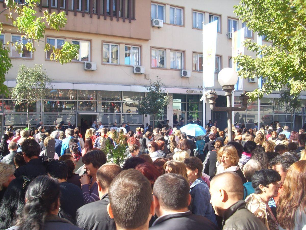 """Novi protest radnika fabrike """"AHA Mura Prvi maj"""""""
