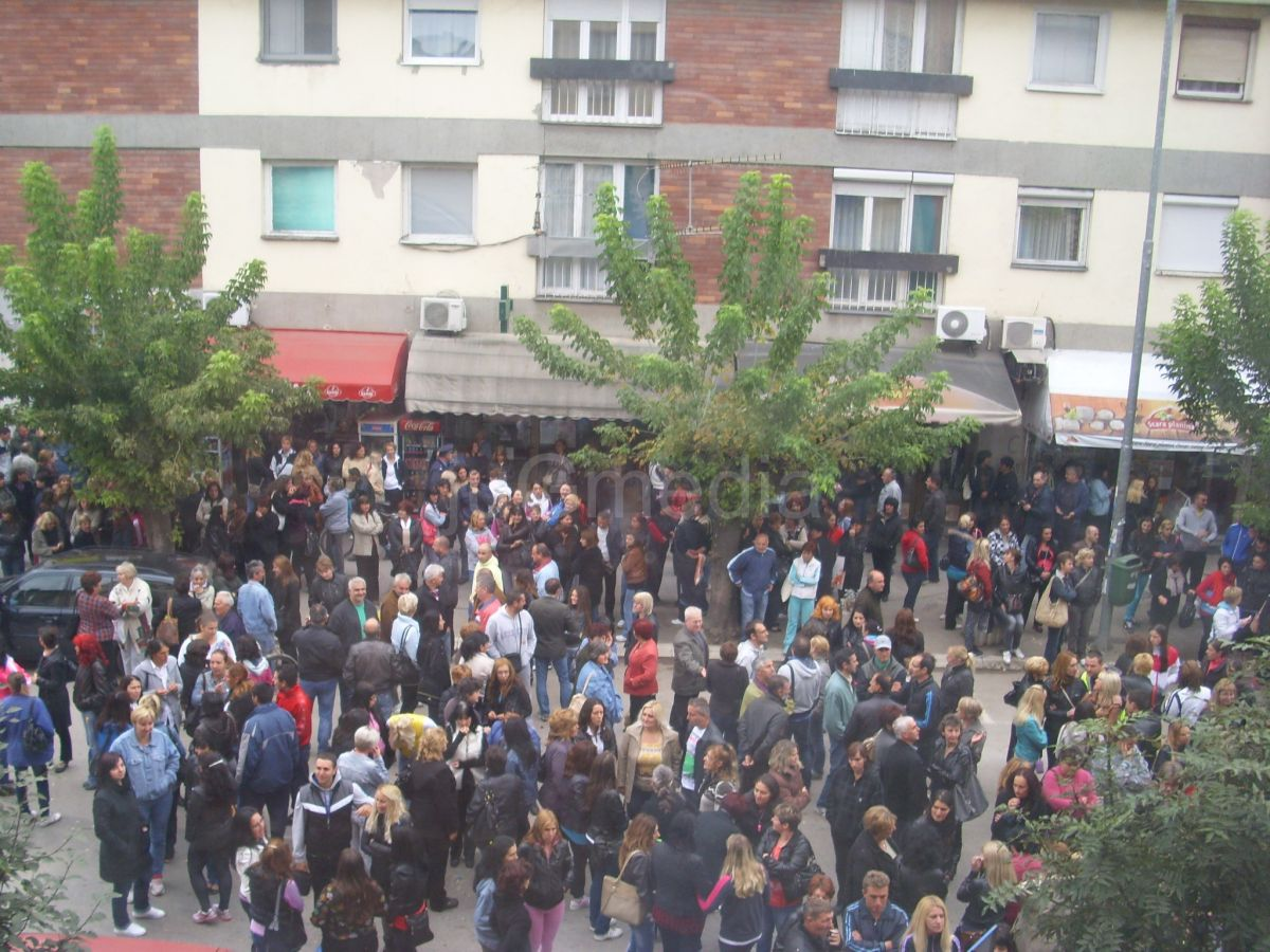 """Radnici fabrike """"AHA Mura Prvi maj"""" i danas nastavili protest"""