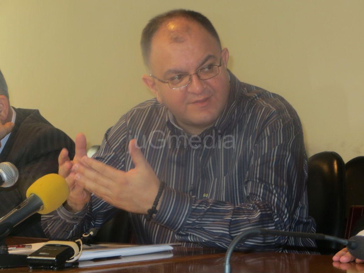 Gradonačelnik Vranja Zoran Antić koautor knjige o špijunima