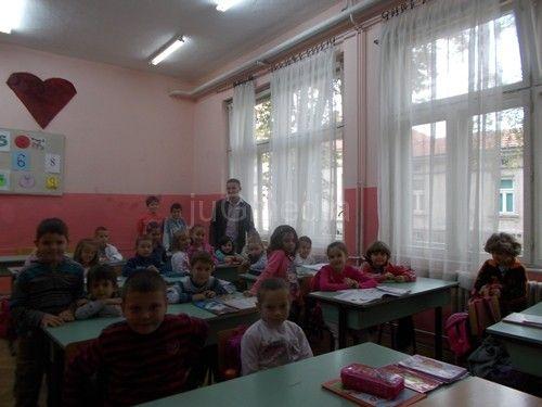 Dečja nedelja o trošku učitelja i nastavnika