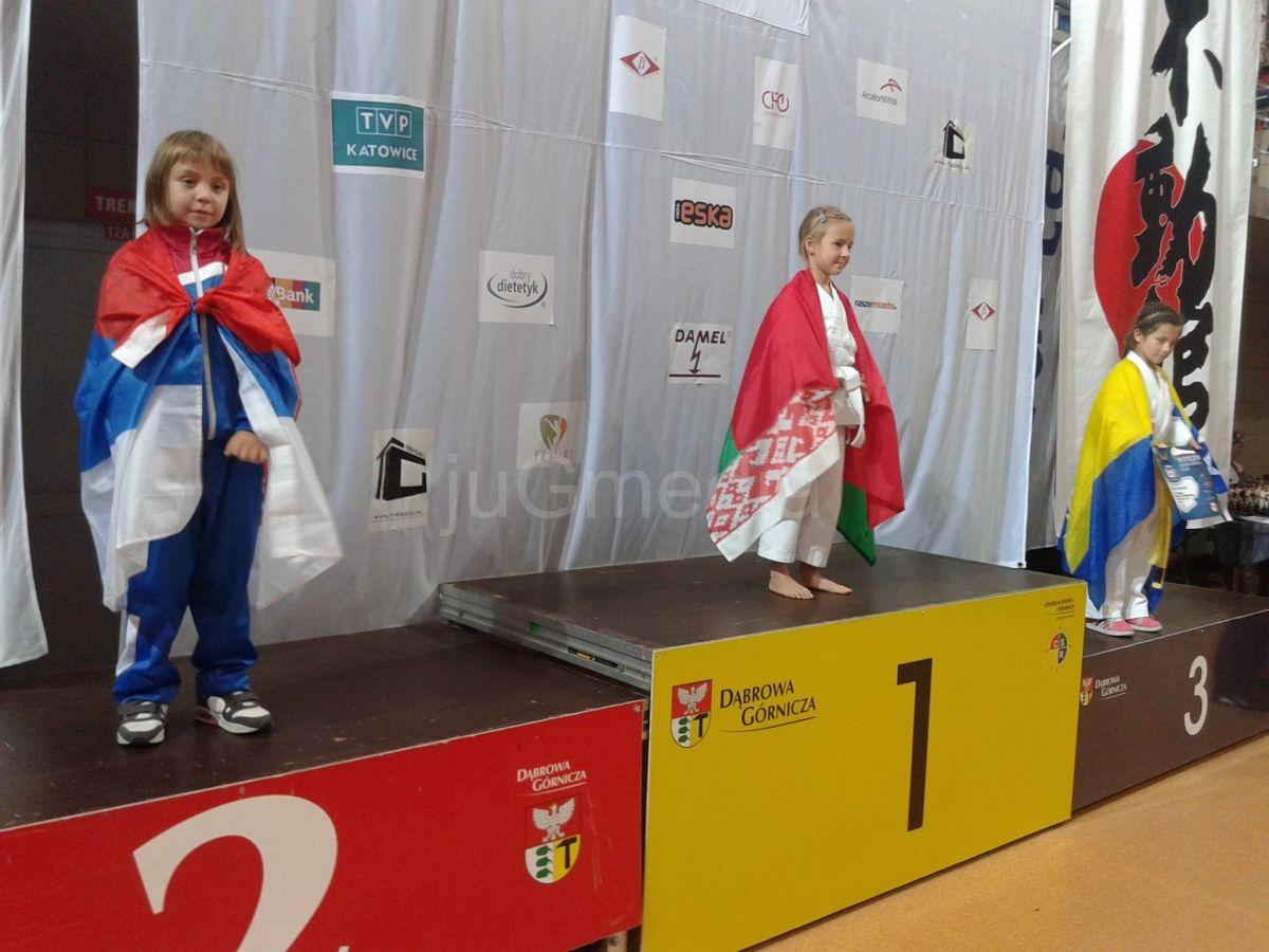 Sa svetskog prvenstva doneli dve medalje