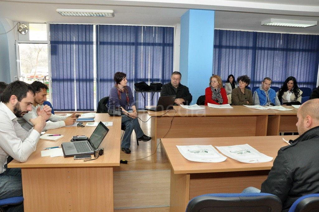 Mladi u Prokuplju raspravljali o zaštiti životne sredine
