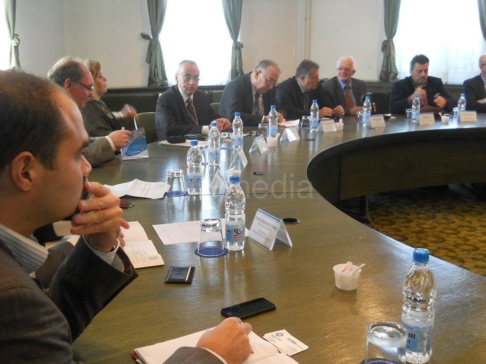 Komore iz Srbije planiraju ujedinjenje