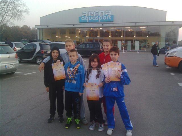 Leskovački plivači osvojili medalje u Temišvaru
