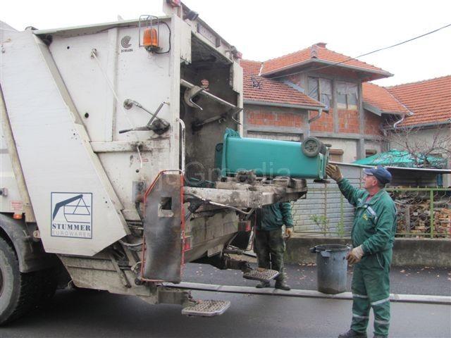 Leskovčani izmiruju račune za iznošenje smeća
